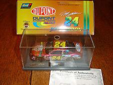 #24 JEFF GORDON 1998 Dupont Chromalusion Revell W/Display Case 1/43 NEW 1/7512