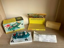 Dinky Toys 102 Joe's Car - BOXED - MINT - ALL ORIGINAL - ALL COMPLETE