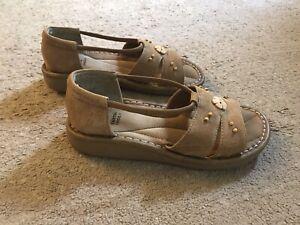 Women's Size 8W Huron Earth Shoe Open Toe Sandal with Gelron 2000 Sole