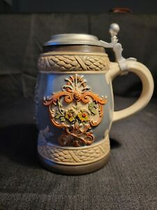 "GERZ W. Germany ""OLD AUSTRIA"" Coat of Arms Lidded BEER STEIN Handarbeit 2"