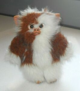 """Vintage Gremlins Gizmo 9 Inch By Quilon. Condition is """"Used""""."""