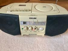Sony CFD-V10 cd/radio/cassette.