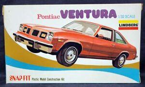 Lindberg #374 1/32 PONTIAC VENTURA SNAP-FIT Model Kit!