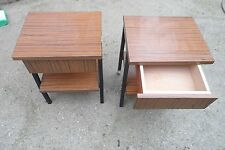 Lot de deux table de chevet nuit Vintage Formica