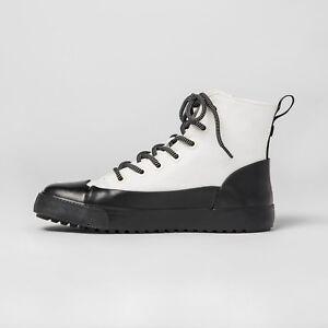 New Hunter Target Unisex Hightop Canvas Sneaker White/Black Size M8.5/ W10.5