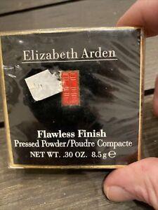 Wlizabeth Arden Flawless Finish Pressed Powder Light 01 Color Sealed