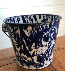 Golden Rabbit Blue & White Enamelware Bucket Pail Mint Graniteware Kitchen
