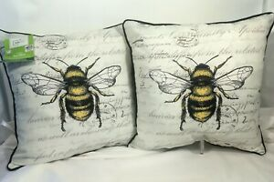 """2x Outdoor Decorative Toss Pillows Tan & Yellow Bumble Bee 16""""X16"""" Square NEW"""