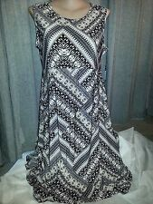 Hanky Hem asymmetric easy holiday travel wear earth Print maxi dress size 22 NEW