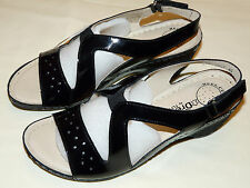 "BNIB size 7(40) DREAM - Flyflot GENUINE BLACK PATENT LEATHER  2.5"" WEDGE SANDAL"