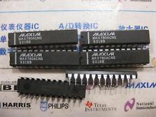 1X MAX780ACNG  Dual-Slot PCMCIA Analog Power Controller  MAX780 DIP24
