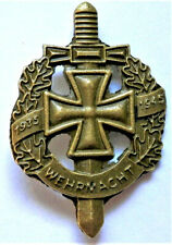 WW2 GERMAN MILITARY BRONZE BADGE WEHRMACHT 1935 - 1945 WITH IRON CROSS REPRO
