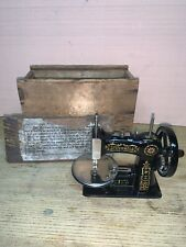 Antique Stitchwell Salesman Sample Sewing Machine Cast Iron Singer Child Toy