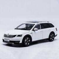 1/18 Scale VW Volkswagen SKODA OCTAVIA Wagon White Diecast Car Model Collection