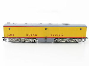 Athearn Union Pacific Diesel Dummy 605b HO Scale