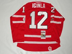 JAROME IGINLA SIGNED TEAM CANADA 2010 OLYMPIC JERSEY PROOF LICENSED JSA COA
