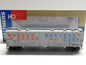 HO Scale - Walthers Wonder Bread Hostess Cake 50' Airslide Hopper Train #48351