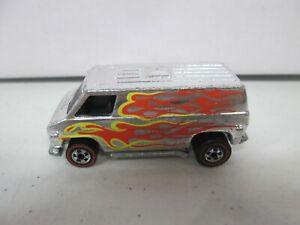 1974 Hot Wheels Van with Flames Lot 1