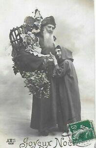 Belle CPA carte postale ancienne Joyeux Noël Père Noël fillette hotte poupée...