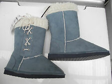 BNWT Ladies Sz 5 Rivers Doghouse Long Mock Sheepskin Blue Long Slipper Boots