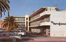 Santa Monica California Autolodge Street View Vintage Postcard K45763