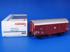 MARKLIN H0 - 4411 - Freight Car with Tail Lights / BOX - LN