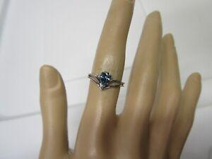 GORGEOUS ESTATE 14 KT GOLD  VIVID BLUE DIAMOND RING  !!!!!!!!
