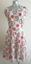 VINTAGE 60S WHITE & PINK RETRO FLOWER DITSY DOLLY HIPPY MOD FLARE DAY DRESS 12