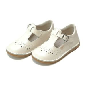 """New L'amour pearl white leather """"Ruthie"""" mary jane shoes F-410,size 7,NIB"""