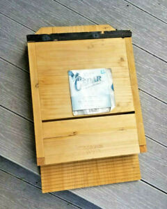 Nature's Way CWH6 Triple Chamber Cedar Bat House eco friendly wood New with wear