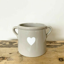 A chic grey ceramic pot with a white heart decal (Small) 8cm