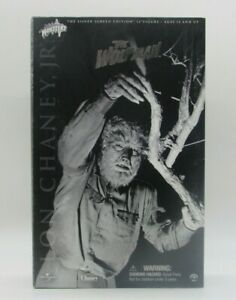 """Sideshow Toy The Wolf Man Lon Chaney Jr. 12"""" Figure Silver Screen Edition"""