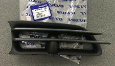 Volvo V70 S70 Front Right side Fog Bumper Cover Grille 9151510