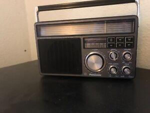 vintage panasonic radio RF1405LBE