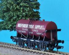 HORNBY LMS 6 WHEEL TANK INDEPENDENT MILK SUPPLIES  from DCC SOMERSET BELLE SET