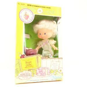 Vintage Angel Cake with Souffle Strawberry Shortcake Friend Doll 1982