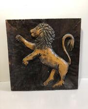 """Ancien Tableau en bois sculpté  """" Lion  """"  Armoiries Blason DE  LYON"""