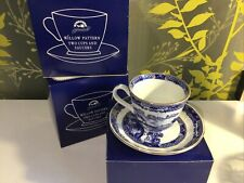 6 Willow Pattern, Ringtons Cups And Saucers