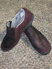 JBU Shoes B9CRA77  9.5 M Cranberry Faux Fur Leather Memory Foam Zip Nurses Cooks