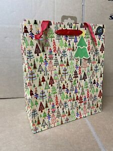 36 TRADTIONAL TREE CHRISTMAS GIFT BAGS WHOLESALE JOBLOT SHOP PRESENT NEW XM93