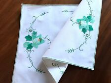 VINTAGE HAND EMBROIDERED APPLIQUÉ OFF WHITE LINEN TABLE CENTRE / TRAY CLOTH