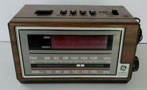 Vintage General Electric Alarm Clock AM/FM Radio Snooze GE 7-4601A Wood Grain
