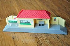 THOMAS TANK ENGINE TRACKMASTER TRAIN SET - LOWER TIDMOUTH STATION - Excellent