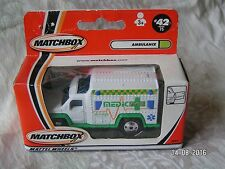 MATCHBOX   MADE IN CHINA 42/75 AMBULANCE