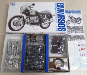 Tamiya 1/6 Big Scale BMW R90S Motorcycle Model Kit