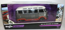 Maisto Oulaws 1/25 Scale 31022 - Volkswagen VW Van Samba - Grey with flames