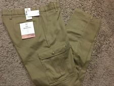 "NWT Men's Dockers ""The Broken In"" Athletic Fit Stretch Cargo Pants 40X30 MSRP$58"