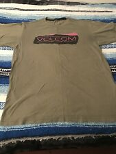 volcom t shirt large