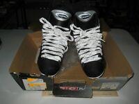 CCM Powerline 550 Size 8 Ice Hockey Skates NIB