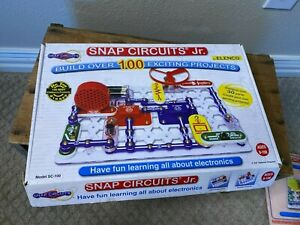 Elenco Snap Circuits Jr. Build 100+ Exciting Projects 30+ Pieces Ages 8-108 STEM